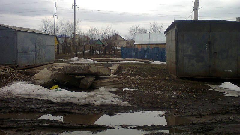 Фотография в Кармаскалинском районе: ЖКХ молодцы - убрали мусор д.Улукулево ул.Строителей